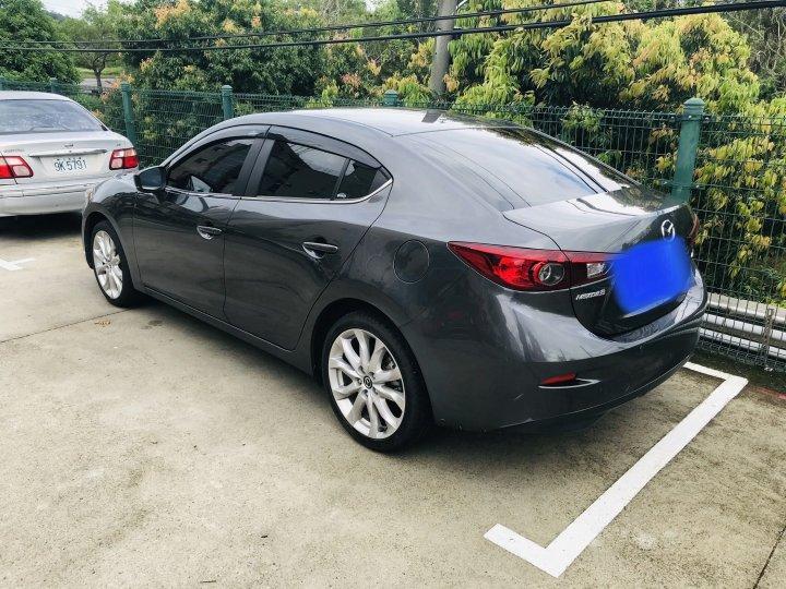 自售2018年式 Mazda 3 4D 2.0 豪華進化版