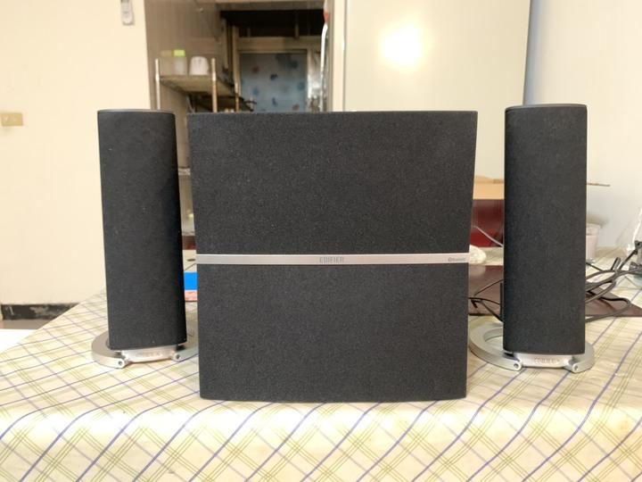 Edifier M3280BT 三件式藍芽喇叭僅使用一個月