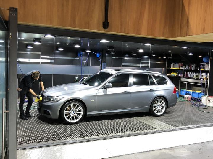 """""""自售"""" 2010 BMW總代理 E91 LCI 320D 旅行車,無事故,超低里程59000km"""