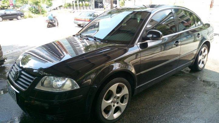 福斯 PASSAT 2.0 出國急售 2003年底車 代步車