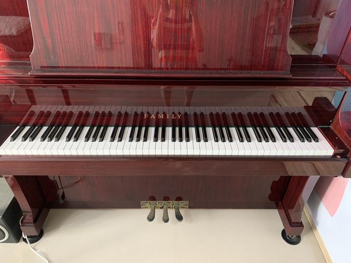 華美麗 FAMILY 中型直立式鋼琴