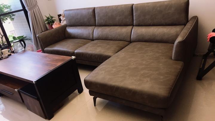二手L型沙發(購自杰諾家居)誠可議