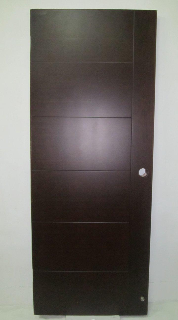 很漂亮貼實木條+版--高級鋼板防火門(原價3萬多.安全很厚實.也可做一般門使用.)