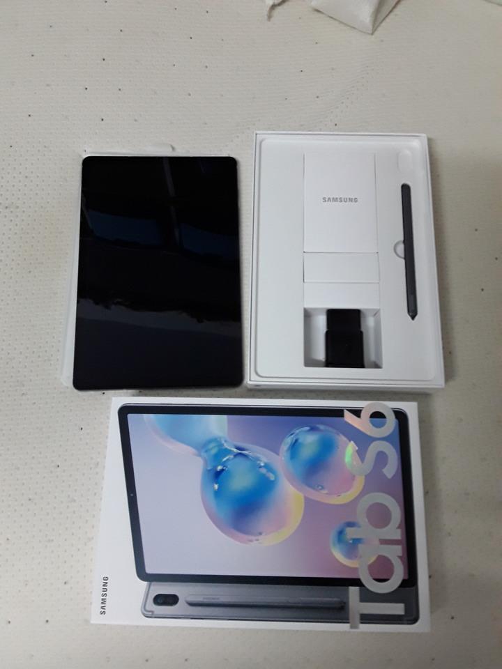 出清三星SAMSUNG S6平板LTE版,可打電話。全新無使用,無皮套,單賣平板附贈保護貼。清明連休前出清,週末限定限屏東高雄面交。