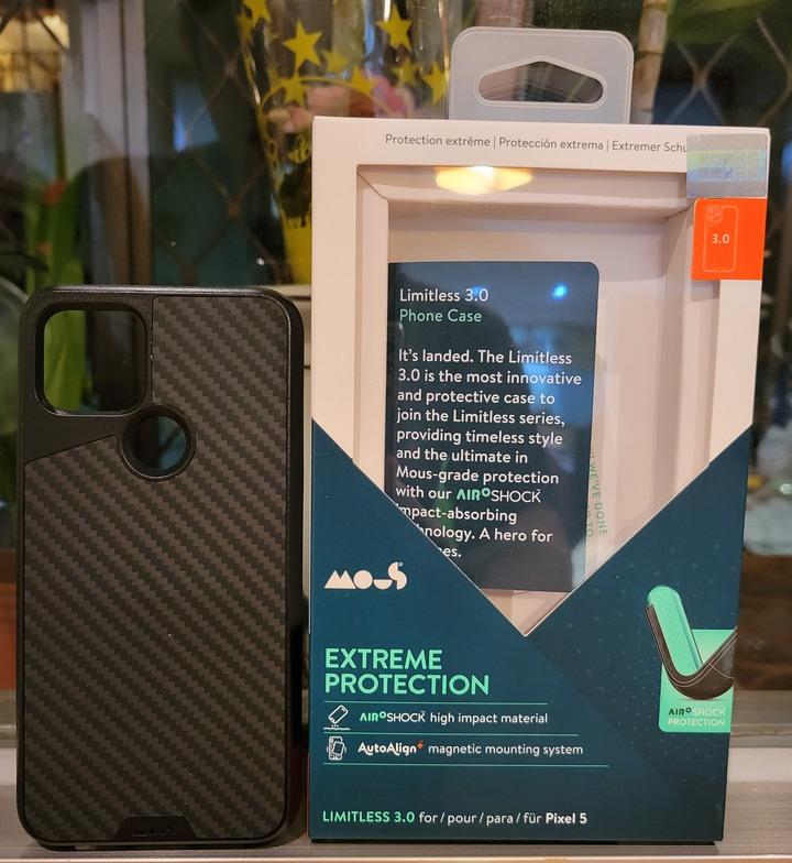 英國 Mous Pixel 5 碳纖維保護殼