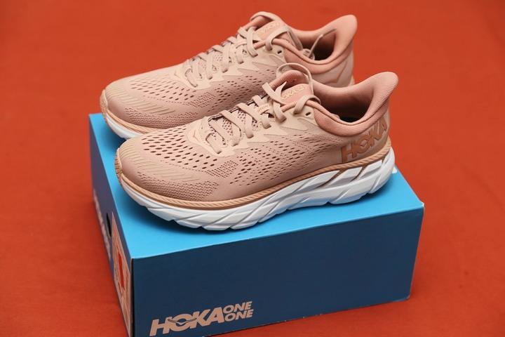 HOKA Clifton7 女輕量緩震跑鞋- 型號:HO1110509MRCB-免運費