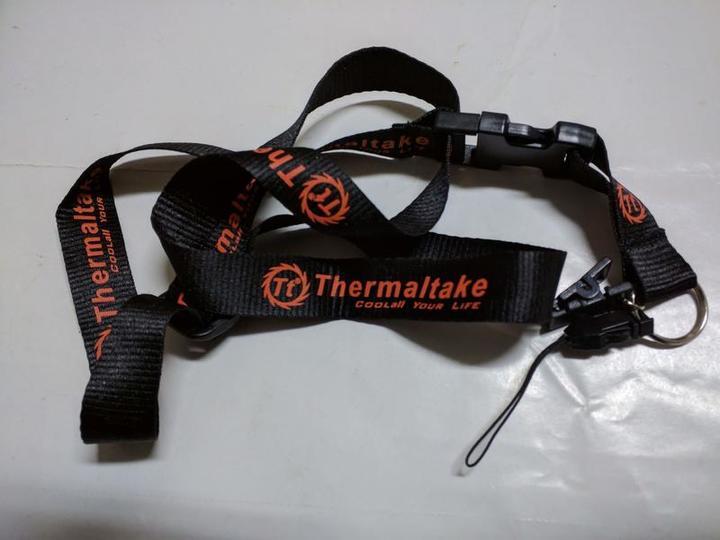 (全新) 曜越 Thermaltake  手機帶 識別證帶 (兩色可選)