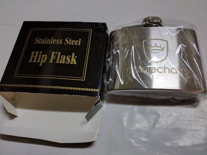 Noblechairs Stainless Steel Hip Flask 皇家不鏽鋼酒壺