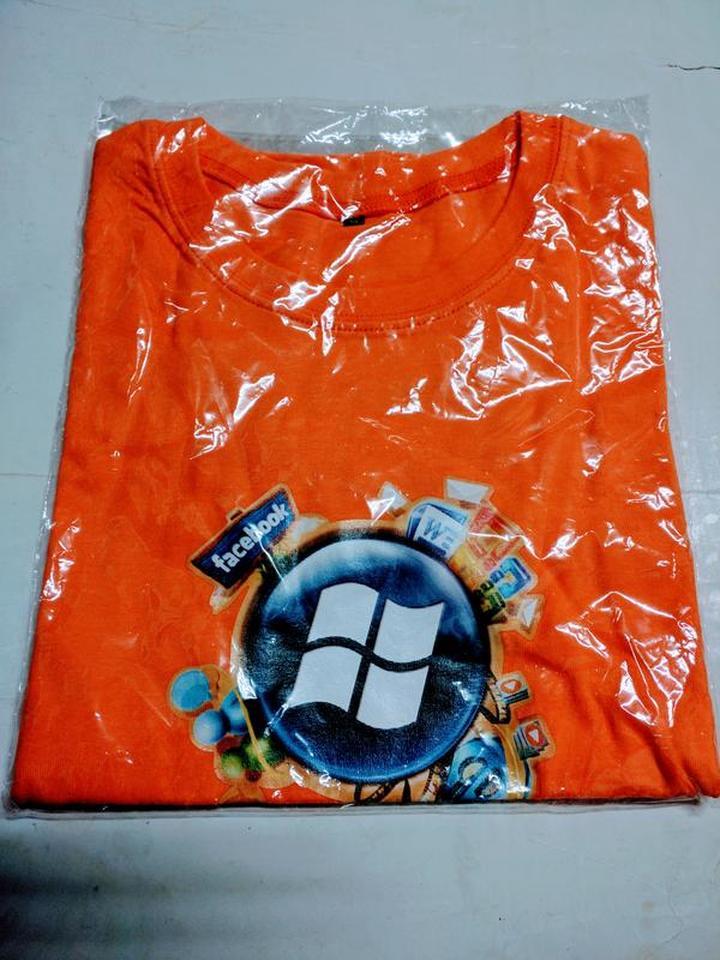 (全新) 微軟視窗作業系統/臉書-Microsoft Windows/Facebook T恤 (Size: S)