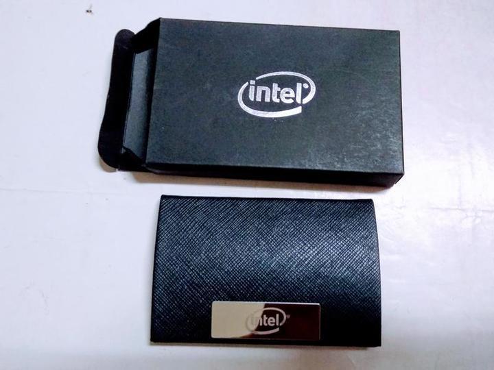 Intel 皮革名片夾/卡夾