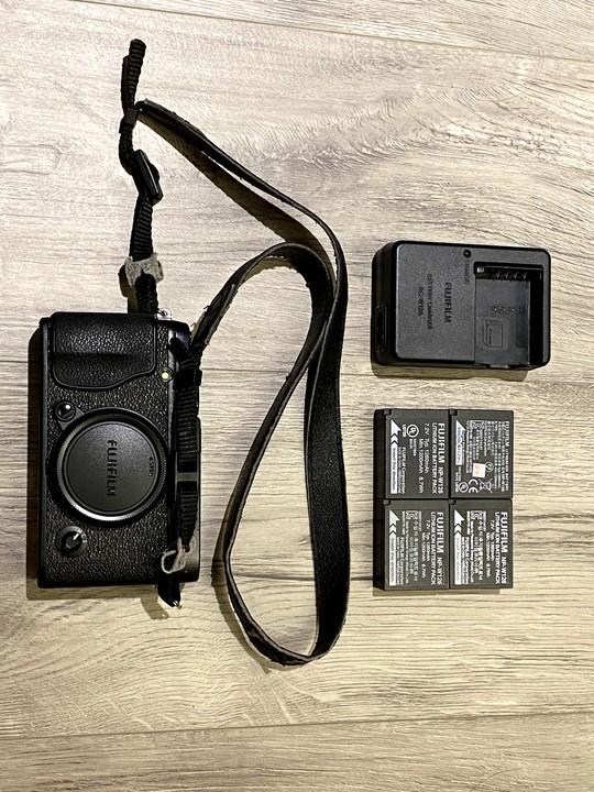 fujifilm XE-1中古機身(無底價,標多少賣多少)