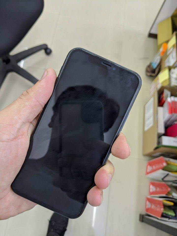 賣iphone 11 pro 256G 墨綠色