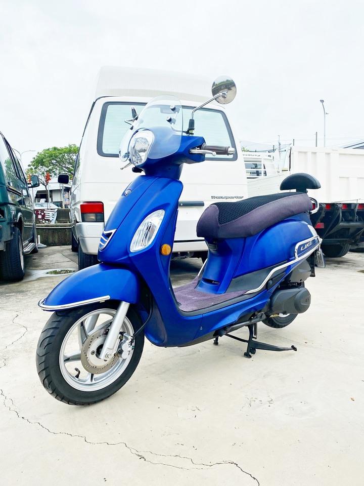 自售 kymco 光陽 LIKE 125 消光藍 雙鏡行車紀錄器 碟煞 原廠 風鏡 前後保桿 後靠墊