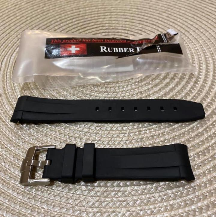 RUBBER B 穿扣式橡膠錶帶